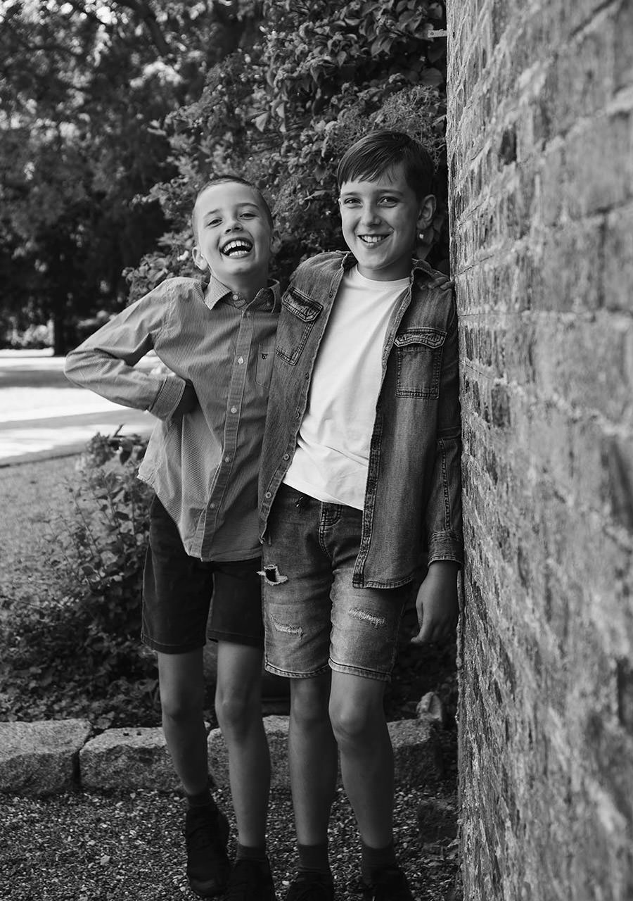 West London family photography of brothers